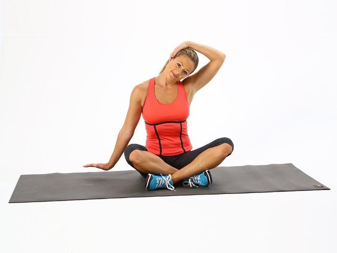 Giảm đau đầu vùng trán bằng tập luyện yoga